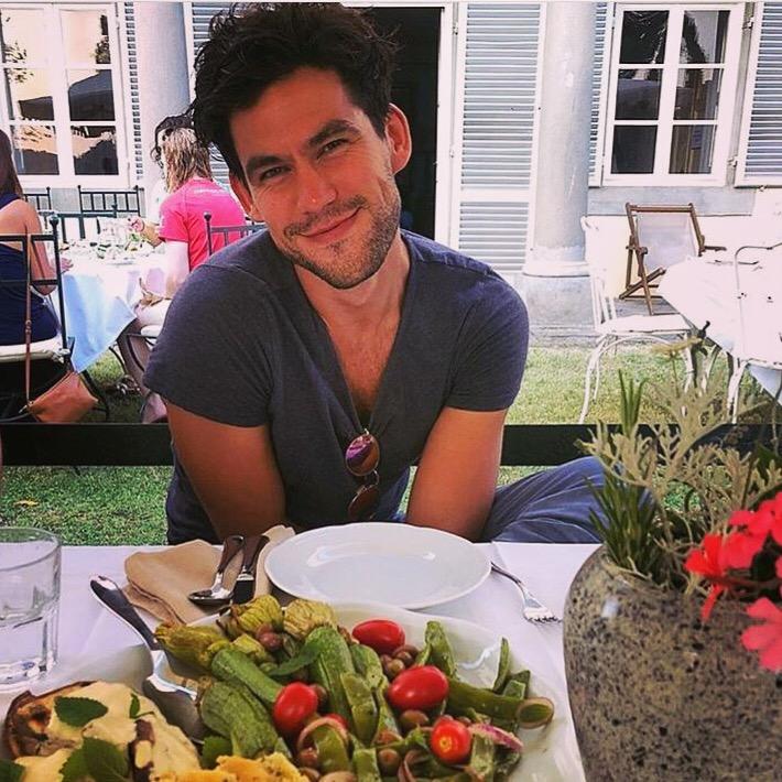 adam husler yoga instructor tuscany healthy yoga retreat food